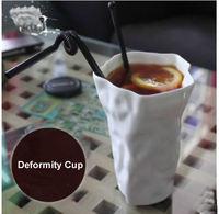 Cool White deformidade papel amassado cerâmica cup caneca cerâmica copo personalidade anormal estilo criativo de cerâmica copo de café branco cup roller cup coffe cup fashion -