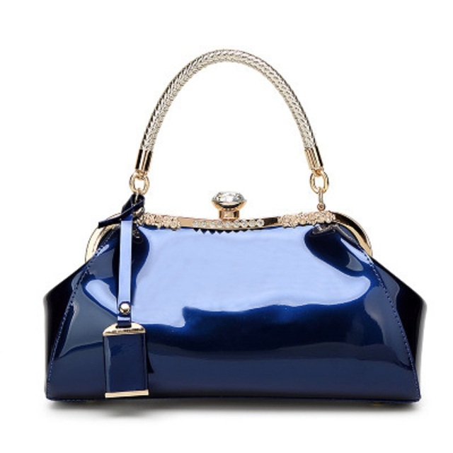 2017 Europe and the United States new bride fashion bag patent leather shiny contracted crystal set auger elegant lady handbag