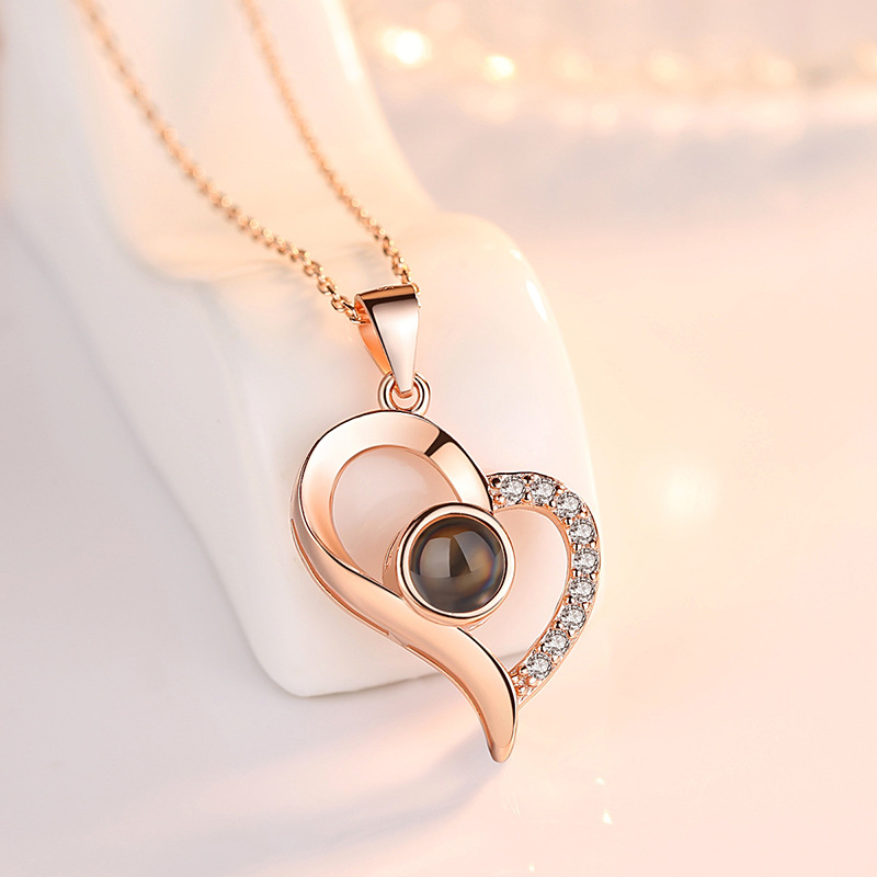 Bridesmaid gift 2019 New 100 languages I love you Projection Pendants Necklaces Rose Gold Chain Heart Shape Letter Necklace bff