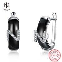 INALIS צבע לבן/צבע שחור קרמיקה עגילי עגילי צורת N מכתב באנגלית מתנת ילדה נשים