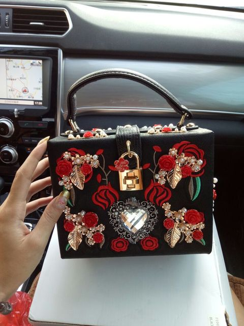 Fashion heart diamond pearl rose embroidery designer party purse ladies shoulder bag Clutch Evening bag Mini Tote handbags 8120
