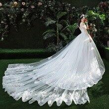 Robe de mariée cathédrale avec traîne ...