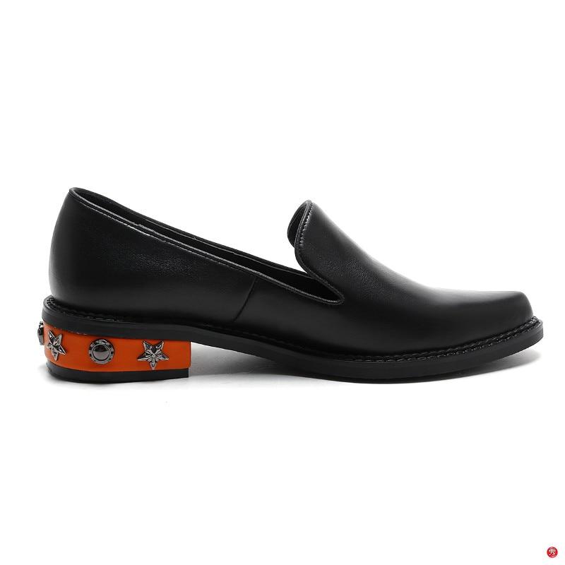 XIUNINGYAN 2018 nueva moda bordada remache mocasines zapatos para mujeres mocasines de cuero de vaca plataforma Derby zapatos negros mujeres-in Zapatos planos de mujer from zapatos    2