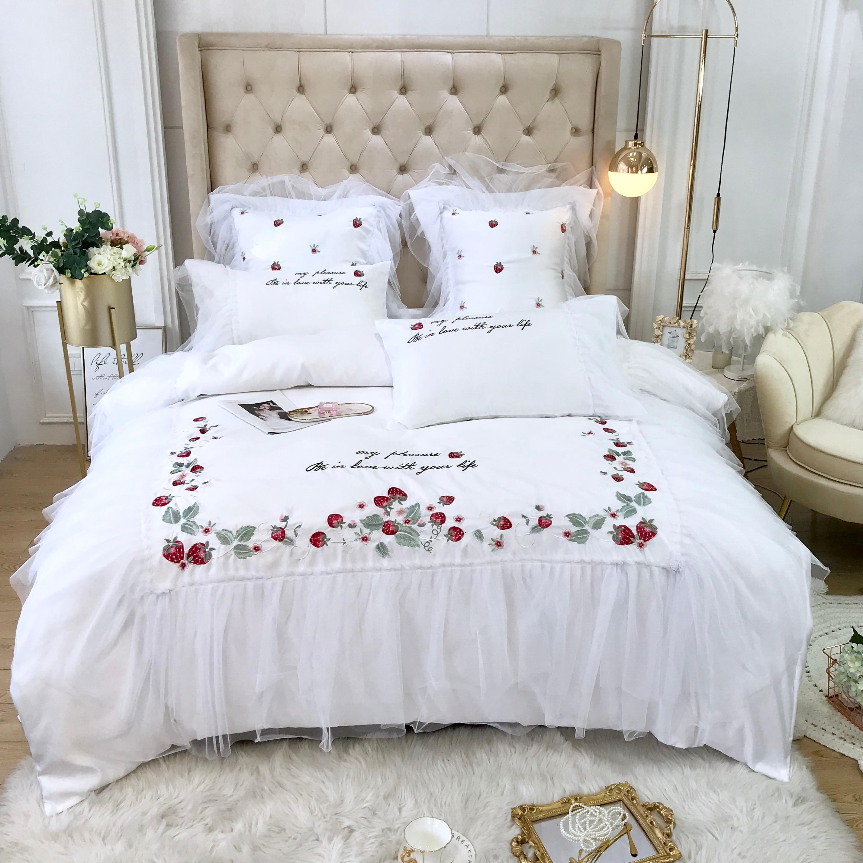 13372 60s Cotton Bedding Set Flower Fairy Strawberry