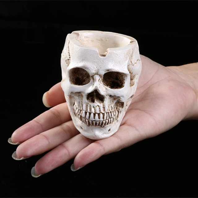 Personalized Home Decoration Skeleton Head Style Ashtray Resin Simulation Skeleton Head Model Halloween Props Skull Resin Crafts