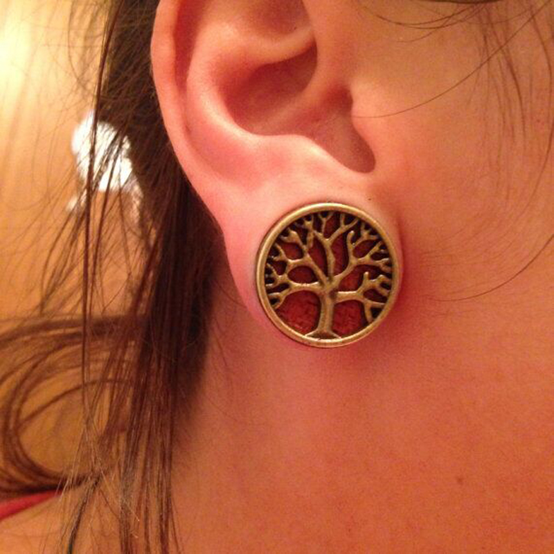 2pcs Fashion Flesh Tunnels Ear Plugs Gauge Piercing Expanders Wooden Tree Of Life 8mm