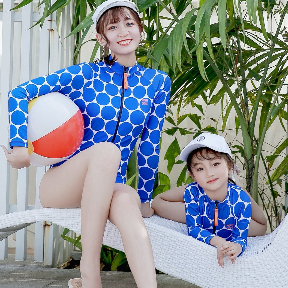 Family Surfing Swimsuits Mother and Daughter Swimwear Long Sleeve Bathing Suit Mommy and Me Clothes Family Matching Outfits LookFamily Surfing Swimsuits Mother and Daughter Swimwear Long Sleeve Bathing Suit Mommy and Me Clothes Family Matching Outfits Look