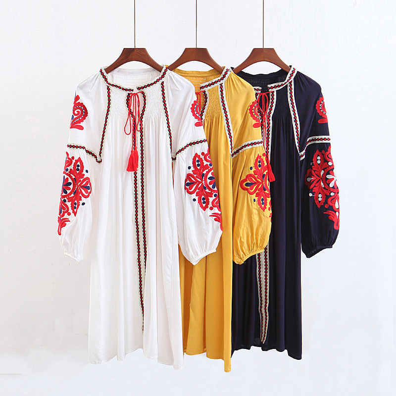Women Beach Dress Ethnic Embroidered Loose Robes Lantern Sleeve Tassel Lace Summer Beach Wear Boho Female Robes