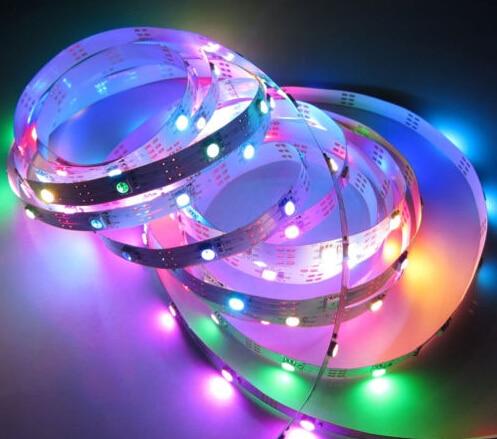 Bezmaksas piegāde 5M / partija Ne-ūdensnecaurlaidīgs LED WS2812 Iebūvēts WS2811 30LED / M RGB pilnkrāsas SMD5050 5V 9W / M
