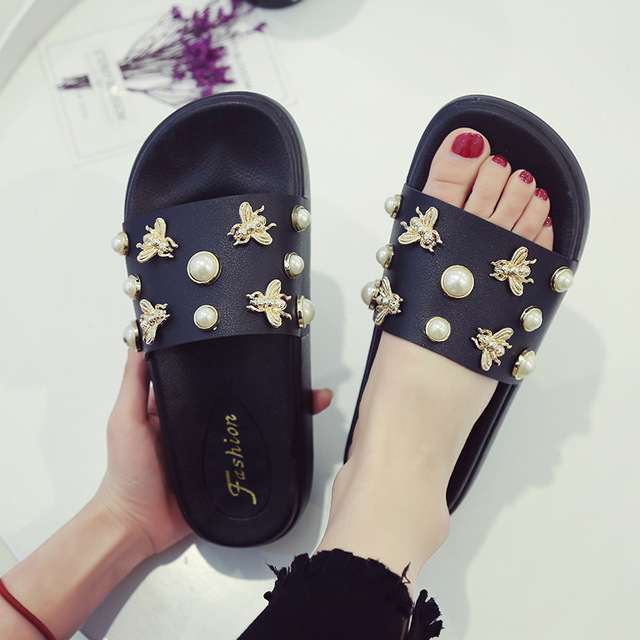 Designer Summer Top Selling Pearl Dragonfly Slides Women Fashion Muffin  sandals ladies flat flip flops cozy 9663908cd909