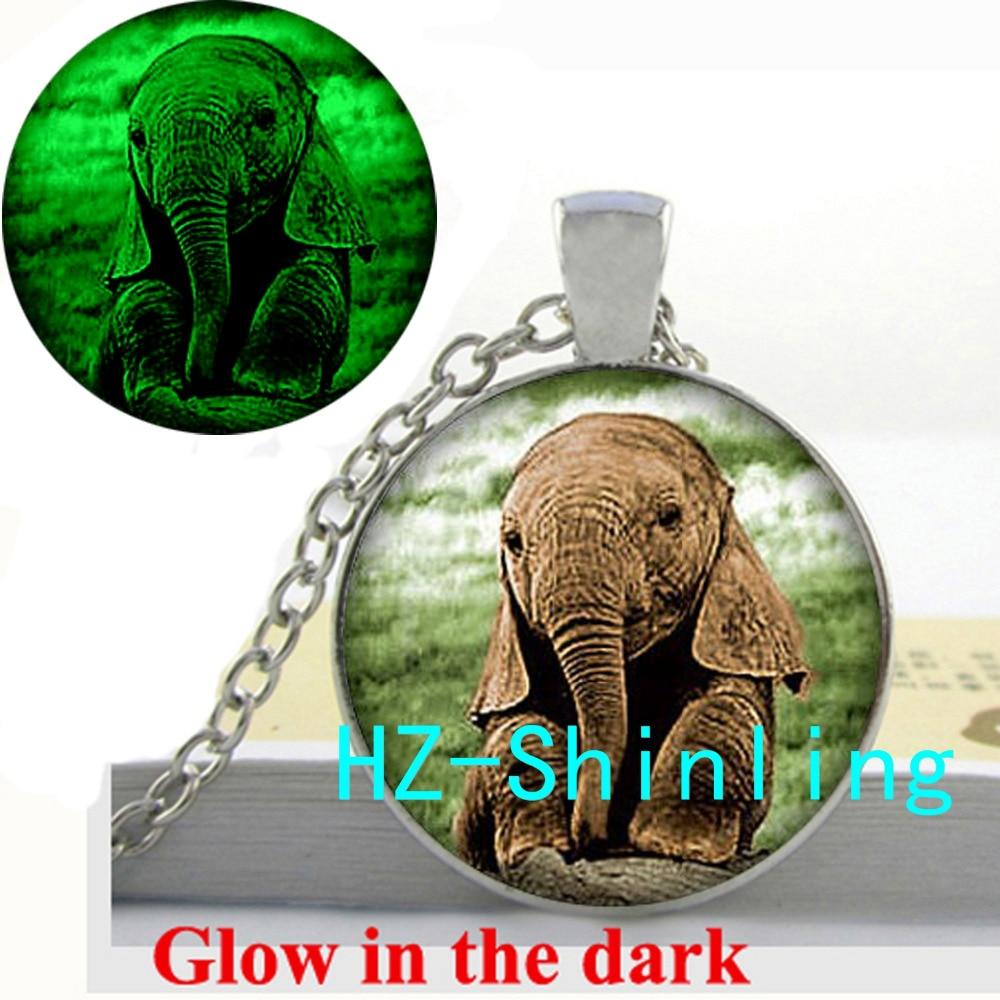 Glow in The Dark Jewelry Baby Elephant Necklace Cute Elephant Pendant Animal Photo Jewelry Glowing Necklace