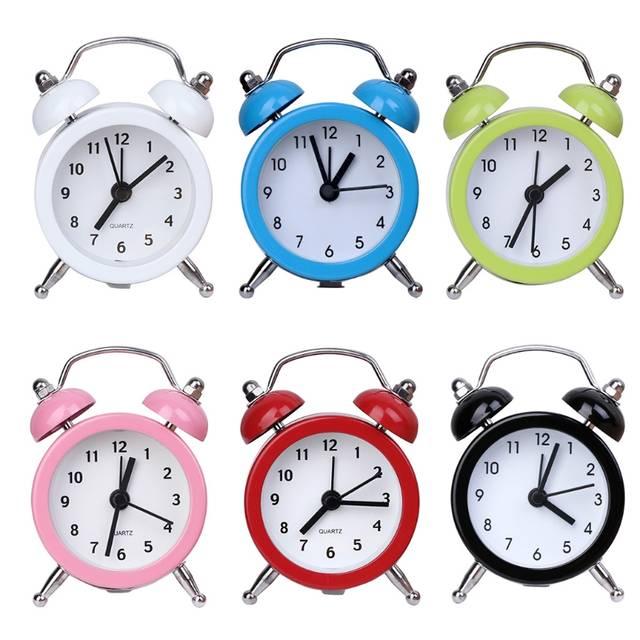 262bb18d96e placeholder Mini Despertador de Metal Portátil Para Casa Ao Ar Livre  Encantador Dos Desenhos Animados Retro Relógio