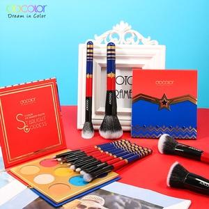 Image 2 - Docolor 12pcs Spazzole di Trucco Professionale Cosmetici In Polvere Prodotti Di Base Eyeshadow Brush Set e 9 di Colore Ombretto Nude Tavolozze Kit