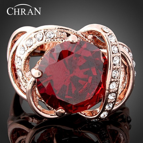 цена Chran New Big Red Crystal Rings For Women Fashion Wholesale Gold Color New Garnet Jewelry Russia Big Full Size Best Gits
