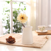 14cm White Simple Modern Ceramic Vase Flower Crafts Wave Pattern Creative Spiral Stripes Home Deco Furnishing Ornaments
