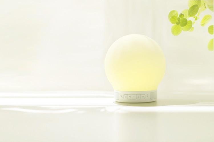 Smart-Lamp-Speaker-02