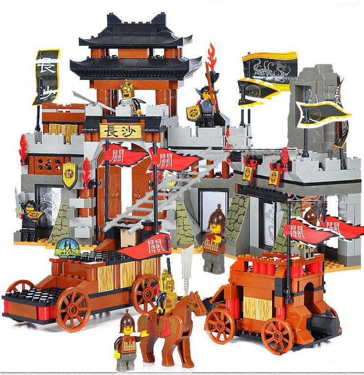 Sluban The Chinese FeatureThree Kingdoms Assembled Building Blocks Giocattoli Large Castle Scene Model Bricks Toys For Children