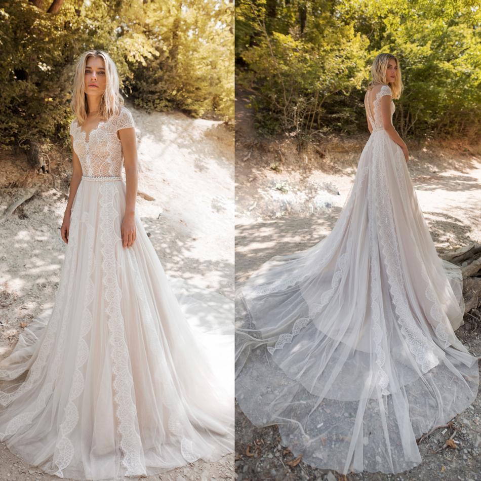 2019 Bohemian Wedding Dresses Jewel Short Sleeve Lace Appliques Beads Bridal Gowns A Line Wedding Dress Robe De Mariee