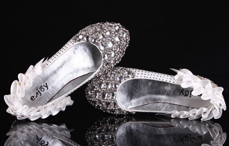 2016 Luxury Fashion Round Toe Flat Heel Comfortable Crystal Diamond Wedding font b Shoes b font