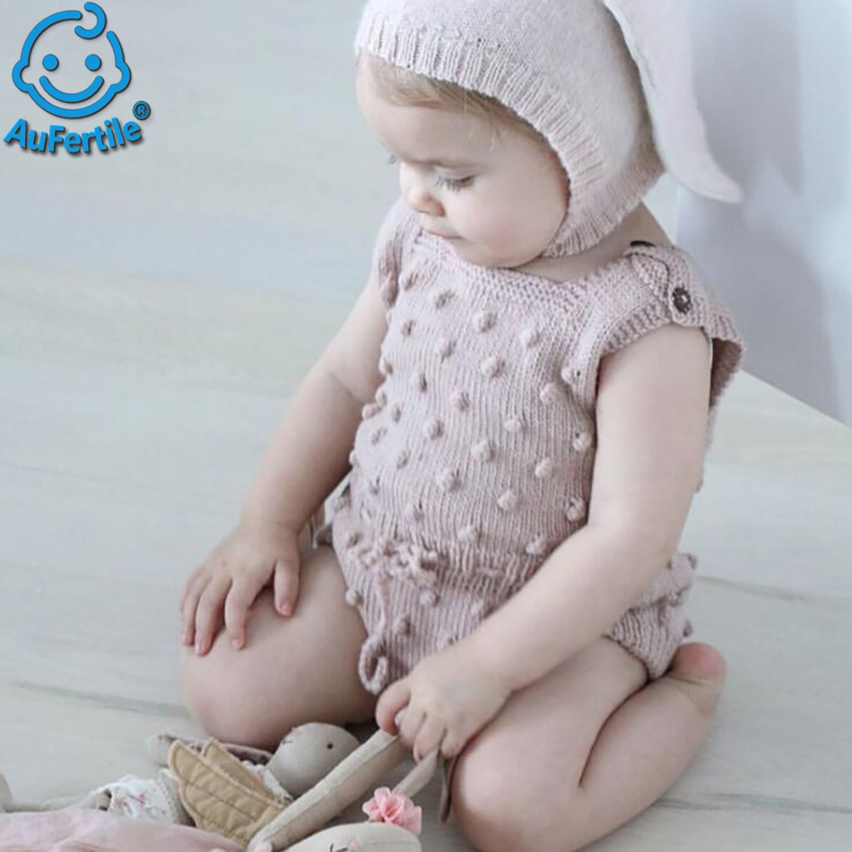 Autumn New Childrens Clothing Baby Sleeveless Knit Round Neck Jumper Fashion Exquisite Comfortable And High Quality