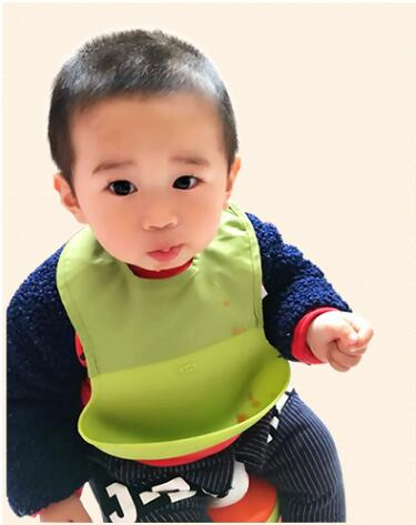 Silicone baby bibs three-dimensional waterproof bib easy clean& silicone baby bibs adjustable plastic baby Bibs 3 Color