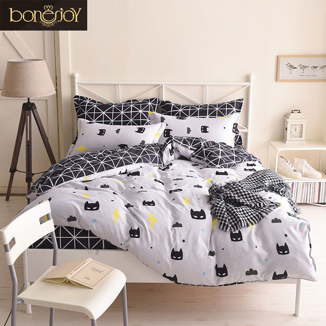 Bonenjoy Kids Cartoon Bedding Set Queen Home Bedding Sheet Black And White  Reactive Printed Batman Mask