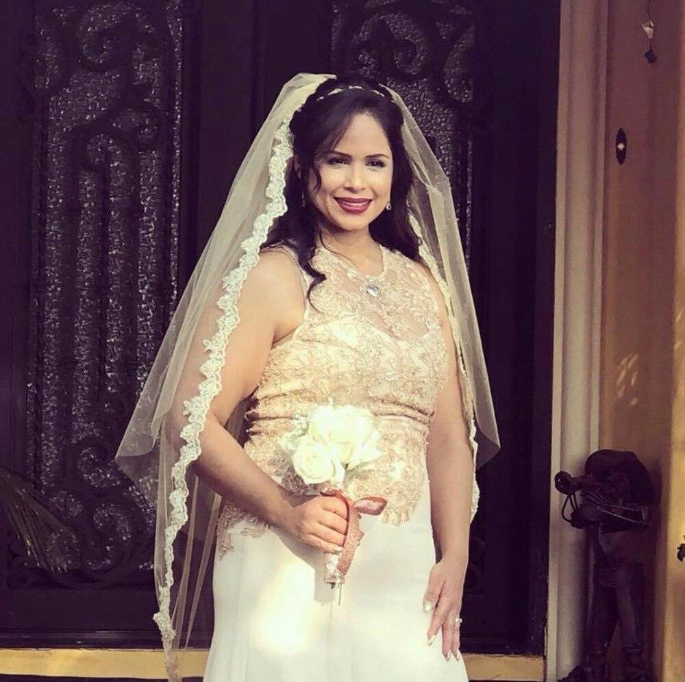 Недорогой Свадебный вуаль кружевная Апликация один слой короткая свадебная фата белого цвета слоновой кости шампанского высокого качеств