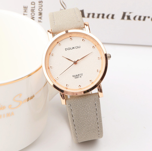 2018 Luxury Brand Women Watches Fashion Dress Ladies Watch Rose gold Leather Str