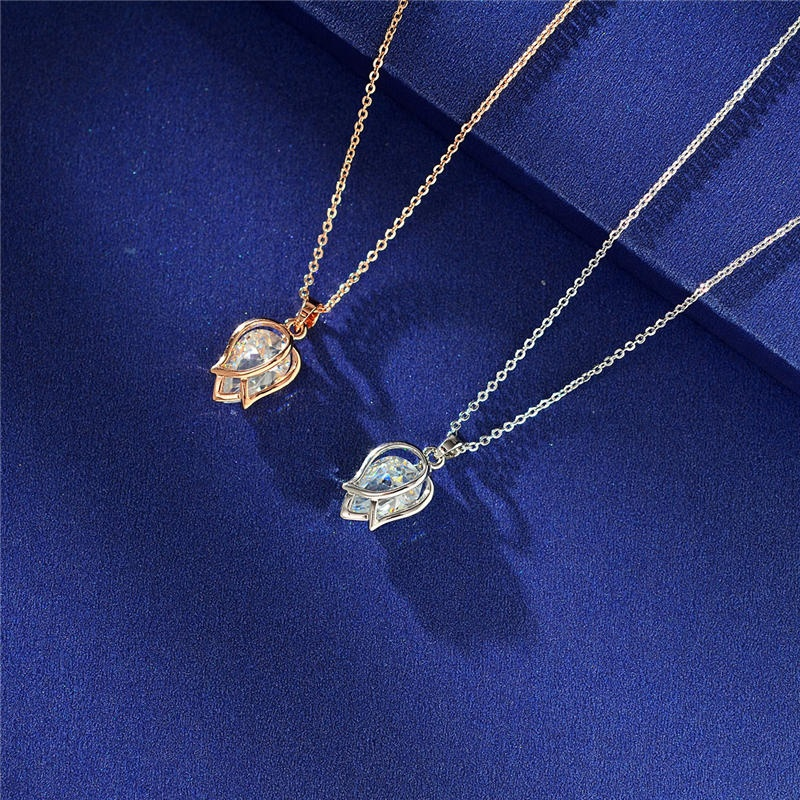 Elegant Crystal Tulip Flower Pendant popular Necklace Women Fashion Noble Elegant Vintage Silver Rose Gold Chain Necklace