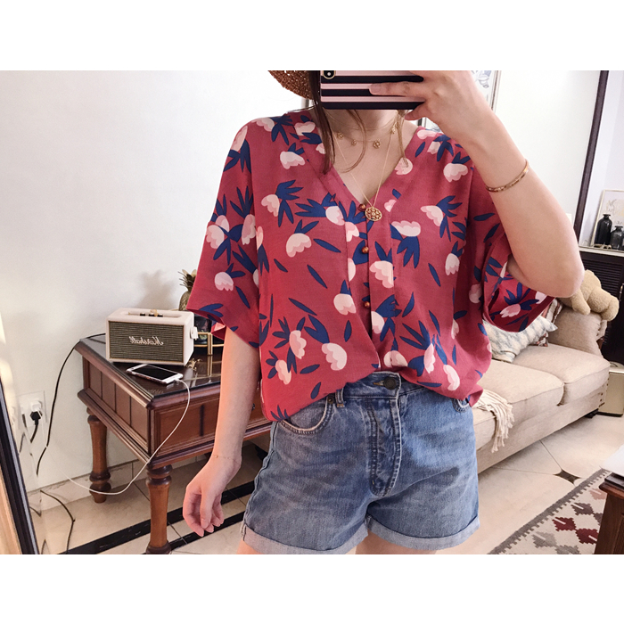 Mid Length Blouse Emilou Osaka Blouse In Printed Crepe Viscose Osaka Tops V Neck Kimono Shirt