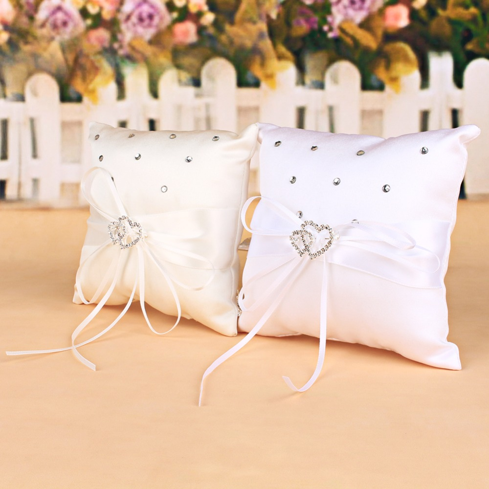 Square double crystal hearts bow wedding ceremony ring for Aana decoration wedding accessories