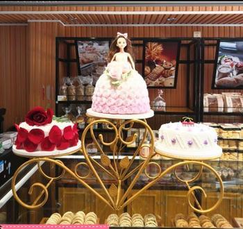 Continental wrought iron three-layer cake rack creative multi - layer