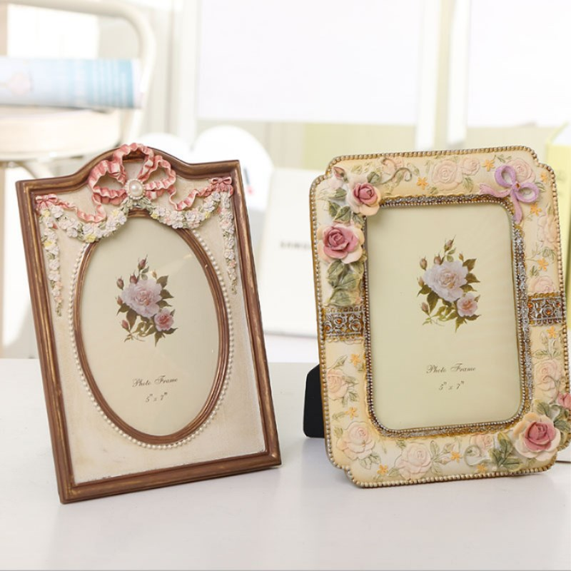 7 Inch European Retro Photo Frame Table Wall Hanging Frame Three dimensional Thickening High Grade Picture