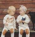 2017 НОВАЯ Мода Осень детские мальчики девочки одежда мужская одежда костюм 2 шт. Звезда и Письмо хлопок дети дети одежда set retail