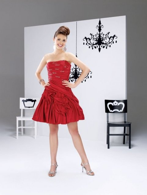 New Coming Luxurious A-line Pick-up Strapless Taffeta Beading Knee-length Prom dress a3348