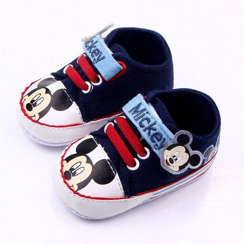 Baskets Disney pour bébés 0-18M | Chaussures pour bébés garçons et petits garçons, chaussures à la mode, design de dessin animé Mickey