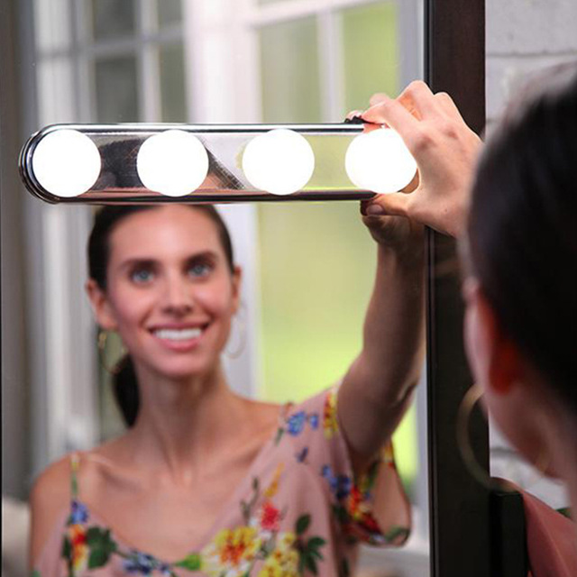 Portable 4 LED Bulbs Studio Make Up Light Super Bright Cosmetic Mirror Light Kit Battery Powered