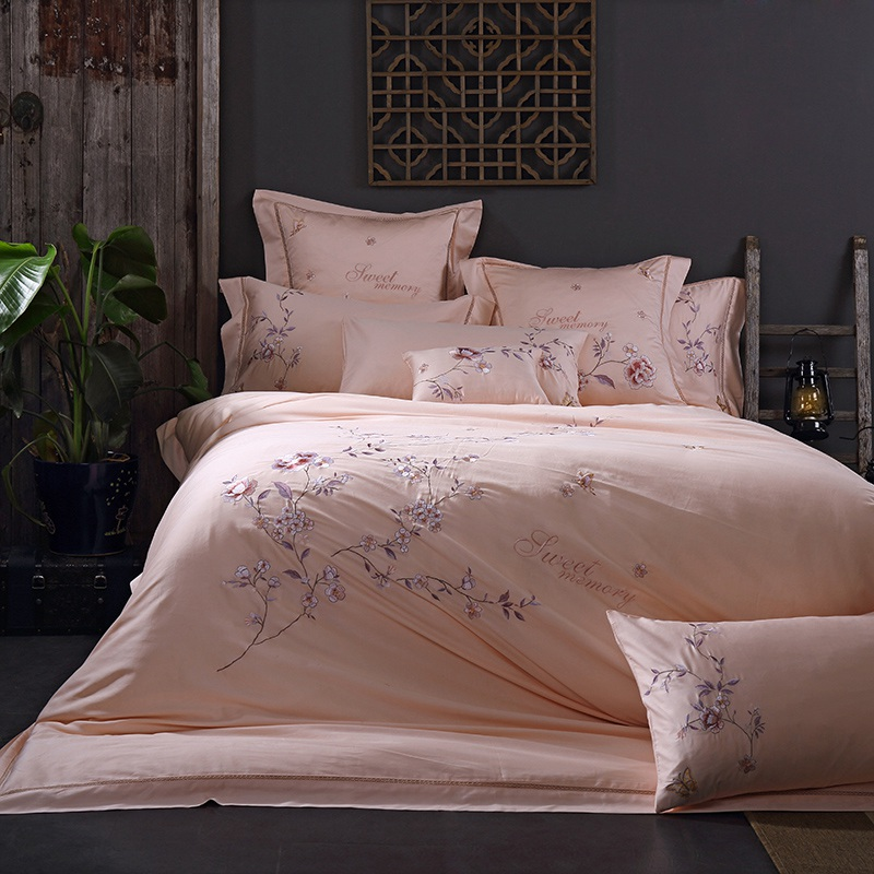 Tutubird luxury top quality satin bedding set european for Best egyptian cotton bed sheets