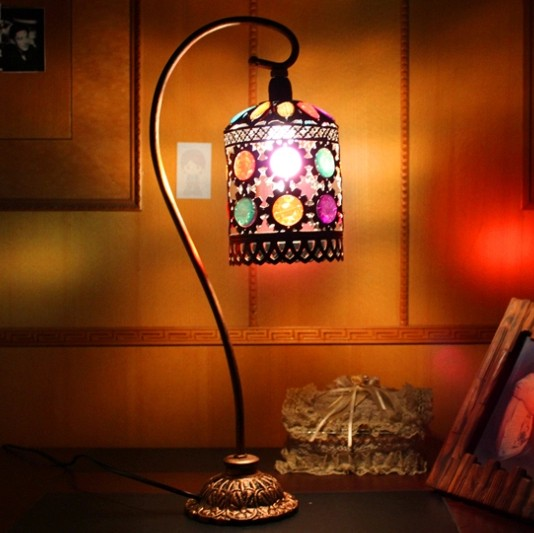European luxury table lamp bedroom bedside lamp dimmer princess wedding garden wedding gift table lamp warm bedroom bedside lamp european style garden lace wedding celebration cloth decoration gift new red lamp