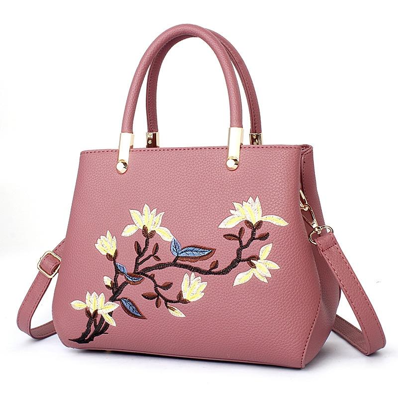 купить 2017  Ladies Evening Strap Bags Colorful Female Messenger Bags Women Bag Zipper Embroidery Handbag Flower Bag Floral Tote Sac недорого