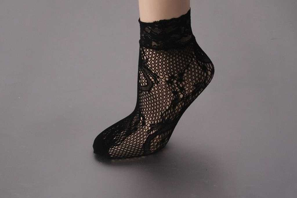 Moda Bayan Kız Fishnet Ayak Bileği Yüksek Dantel Çizme Çorap Mesh Yeni Lot