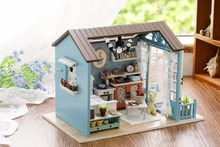 Christmas Gifts Miniature Doll House Model