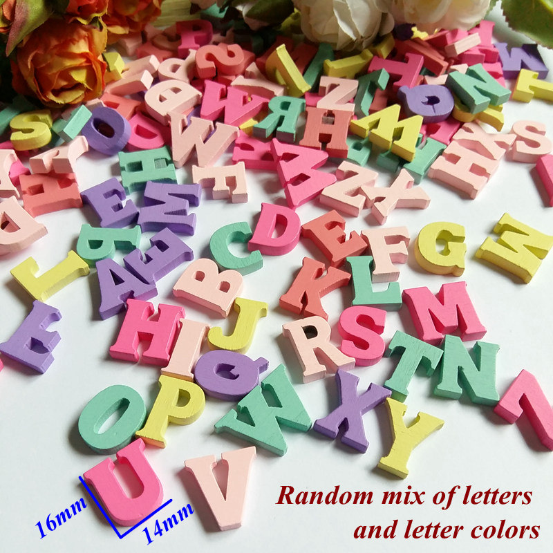 60pcs/Pack Randomly Mixed A-Z English Letters Wedding Wall Decor Wooden Letters Number Wood Bead Crafts Frame Home decoration