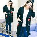 2016 осенью новый милый плюс размер женщин длинный вязаный кардиган вышивка черные тонкие пальто женщин основные пальто jaqueta feminina