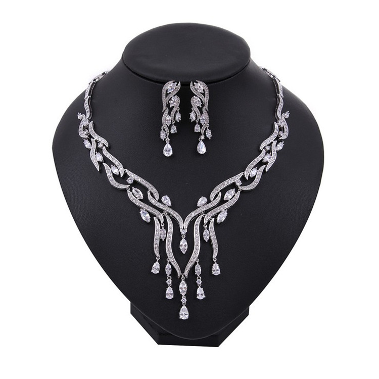 Fashion trendy tassels jewelry set for Wedding dangle earring necklace pendant women jewelry gifts J4796 trendy graffiti pattern and tassels design satchel for women