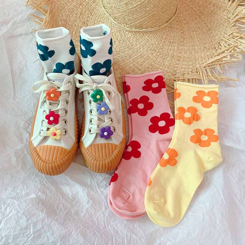 2019 New Simple Flowers Pendant Fashion Casual Hose Ins Women Cute Handmade Comfortable Crimping Candy Colorful Cotton Stockings in Stockings from Underwear Sleepwears