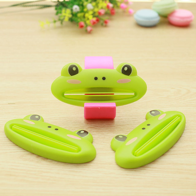 3PCS multicolor Cute Animal Multifunction portable Plastic Toothpaste Squeezer Bath Toothbrush Holder bathroom sets home items