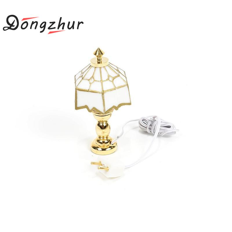 Dongzhur Mini Lamp Miniatures Dollhouse Toy Poppenhuis Miniaturen 1:12 Table Lamp Doll House Miniature 1:12 Accessories Dropship miniature dollhouse on table 1 12 scale house shape showcase
