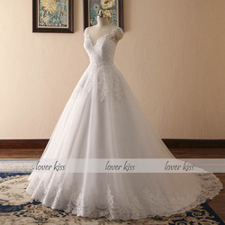 Lover Kiss Vestido De Noiva 2018 V-neck Bridal Ball Gowns Sleeveless Wedding Dresses Lace Appliques Body Real Image robe mariage 2