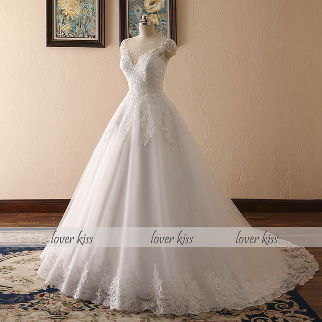 V-neck Bridal Ball Gowns Sleeveless Wedding Dresses Lace Appliques Body Real Image robe mariage